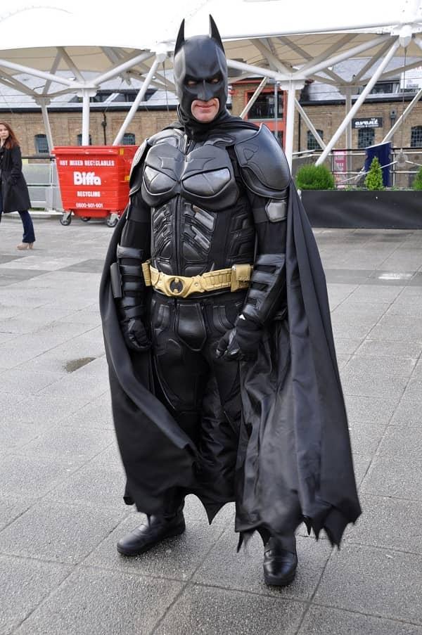 تمارين منزلية للجسم كامل نفس أسلوب البطل الخارق باتمان