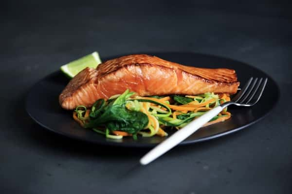 تناول أطعمة غنية بالبروتين لخسارة الدهون بسرعة